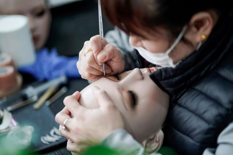 Китайские фабрики начали массовое производство секс-кукол EXDOLL