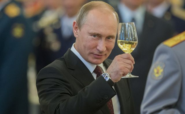 Владимир Путин одержал победу на президентских выборах 2018 (3 фото)