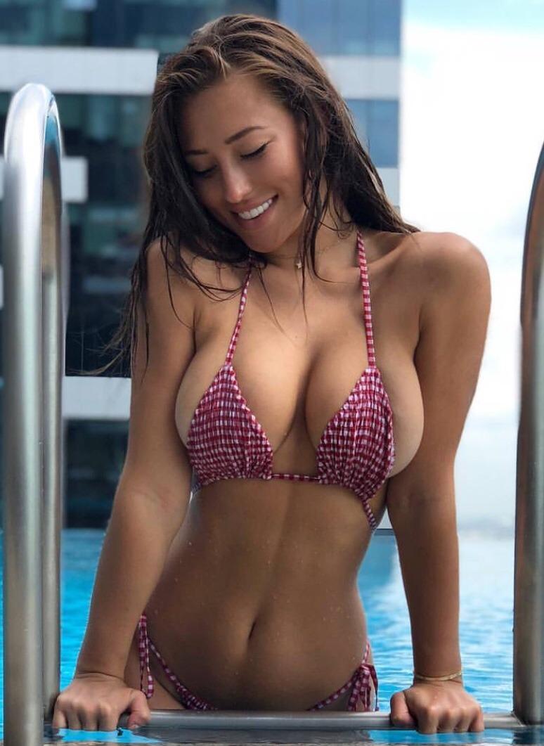 Sexy babe in bikini, wire cage spread pussy bdsm