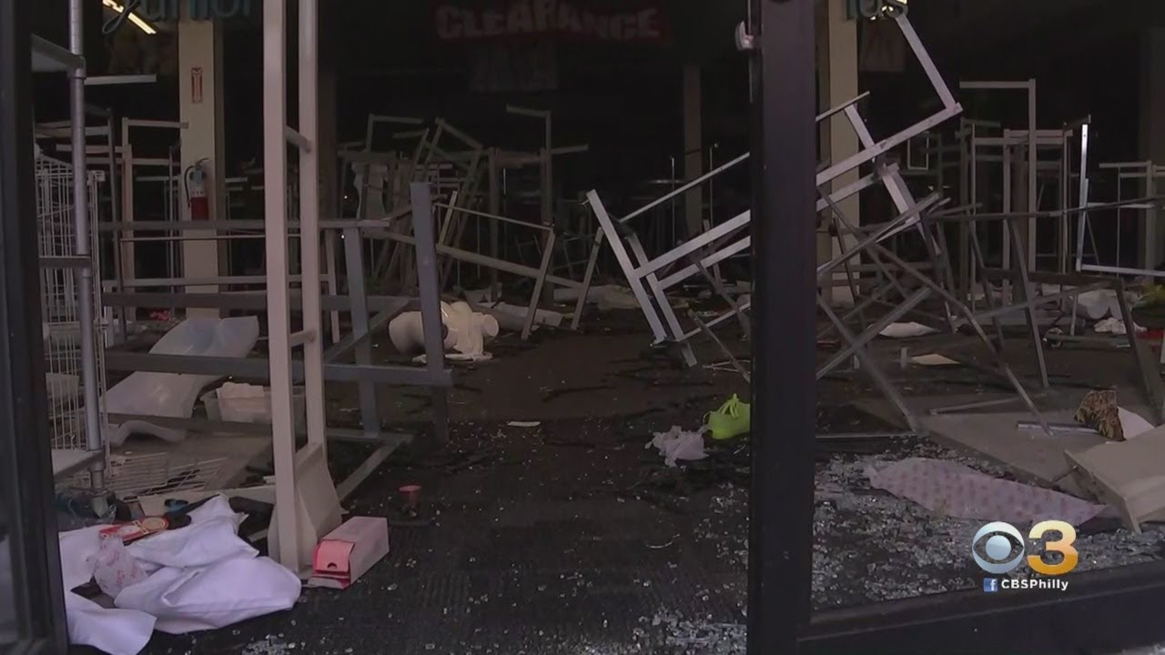 Philadelphia In Critical Condition After Second Day Of Violent Protests, Looting