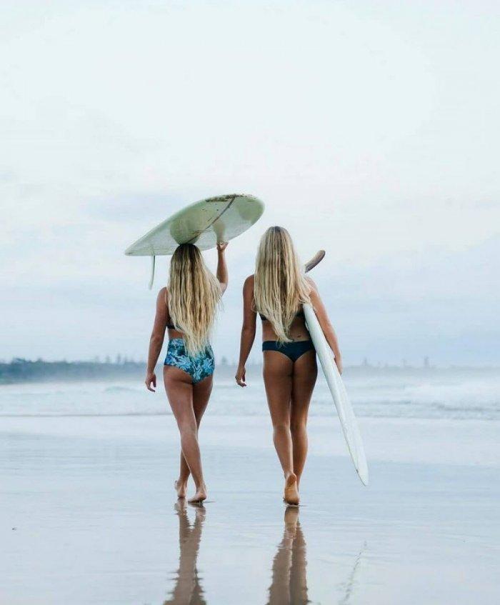 Девушки и Сёрфинг (33 фото)