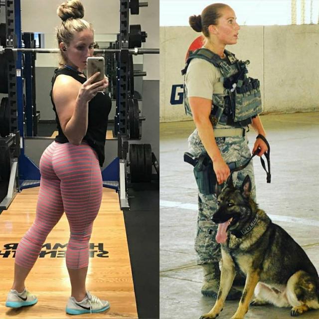 Девушки в форме и без (30 фото)